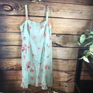 Ann Taylor sleeveless dress. Size 12.